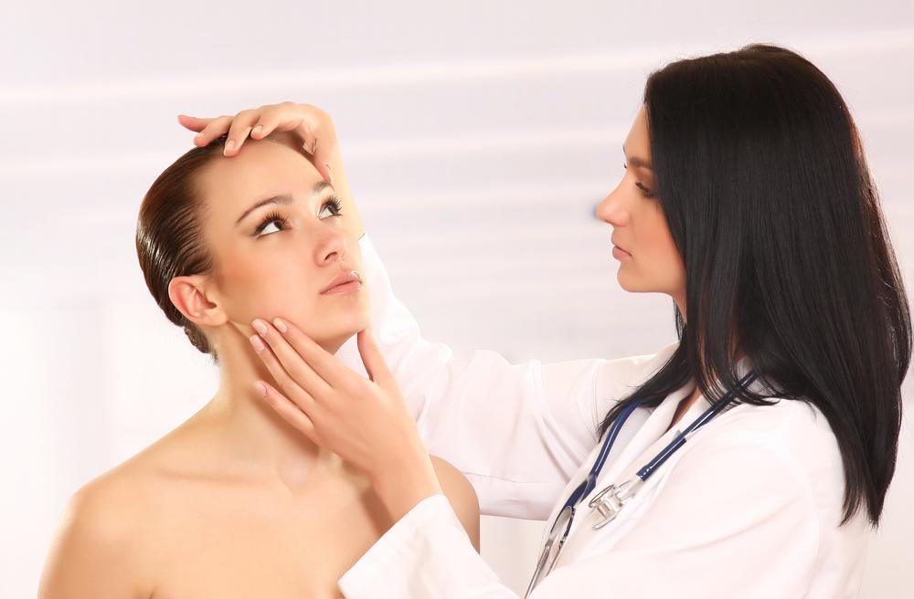 Gehen Sie zum Hautarzt? Stellen Sie ihm folgende Fragen!