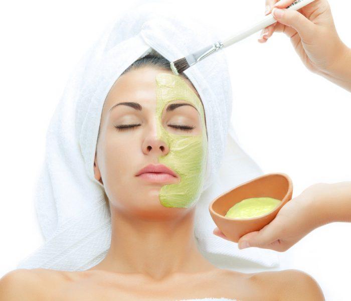 Wie verbinden Sie bestimmte Kosmetikprodukte miteinander? Haut- und Haarpflege